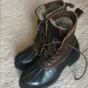 Frye Veronica Shearling Lines Boots